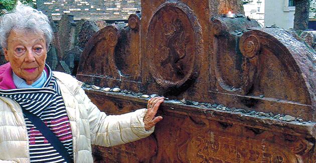 אַ גרוס פֿון דער היסטאָרישער שטאָט, פּראָג