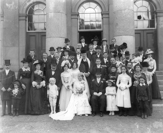 אַ ייִדישע חתונה אין וואָטערפֿאָרד, אירלאַנד, 1901