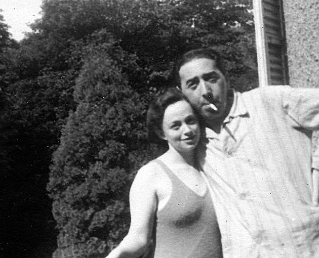 יונה גאָטעסמאַן און זײַן פֿרוי, ביילע שעכטער־גאָטעסמאַן, בערך 1960
