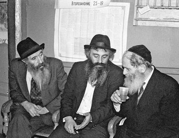 ברוך מרדכי ליפֿשיץ (רעכטס), מאַרינאַ־ראָשטשאַ, 1991