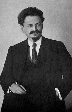 לייב בראָנשטיין (טראָצקי)