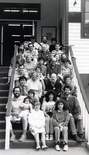 """יוגנטרופֿניקעס אויף דער """"ייִדיש־וואָך"""", 1987, אין סירקל־לאָדזש, ניו־יאָרק"""