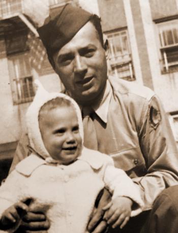 מײַקל סטילמאַן מיטן טאַטן, אַהרון סטילמאַן, 1944
